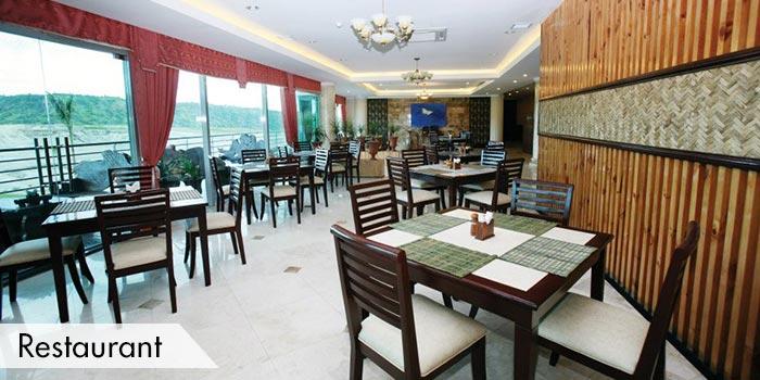 A Restaurant at Fontana & Apollon Korea Country Club