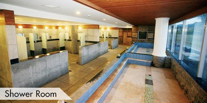 Shower Room at Fontana & Apollon Korea Country Club