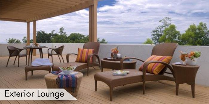 Fantasy Island Golf Club Exterior Lounge Area