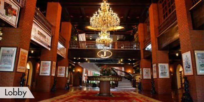 Fort Ilocandia Resort & Casino Lobbt