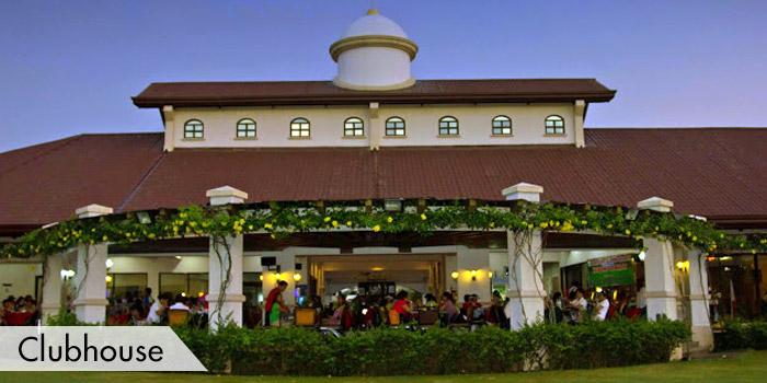 Pueblo de Oro Golf & Country Club Clubhouse