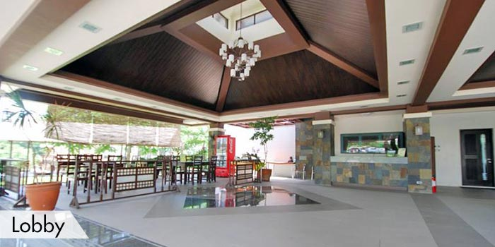 Lobby at South Forbes Golf Club