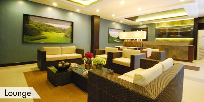 South Forbes Golf Club Lounge