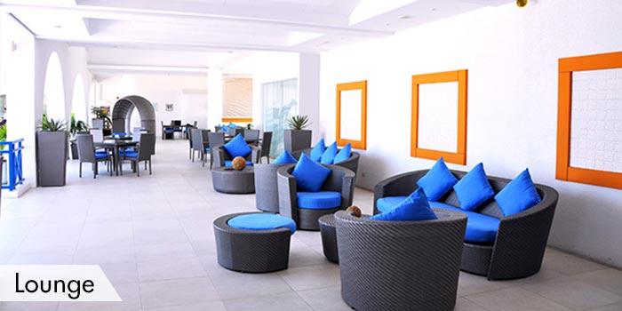 Lounge of Cliffs Golf & Beach Club (The)