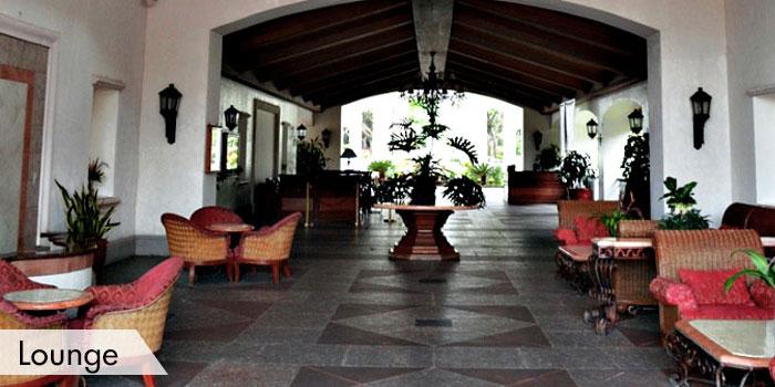 Riviera Golf Club Lounge