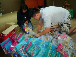 GolfPH gives back to poor
