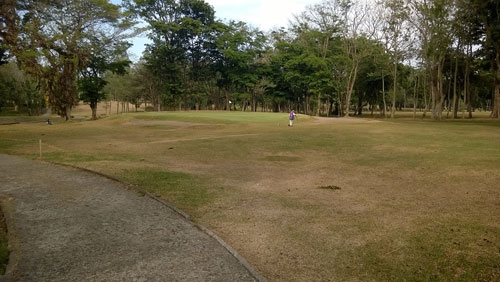 Apo Golf and Country Club 17th green