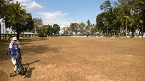Apo Golf and Country Club 9th-fairway