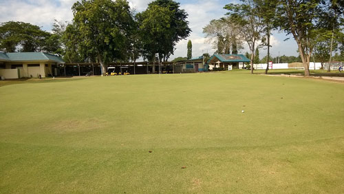 Apo Golf and Country Club 9th-green