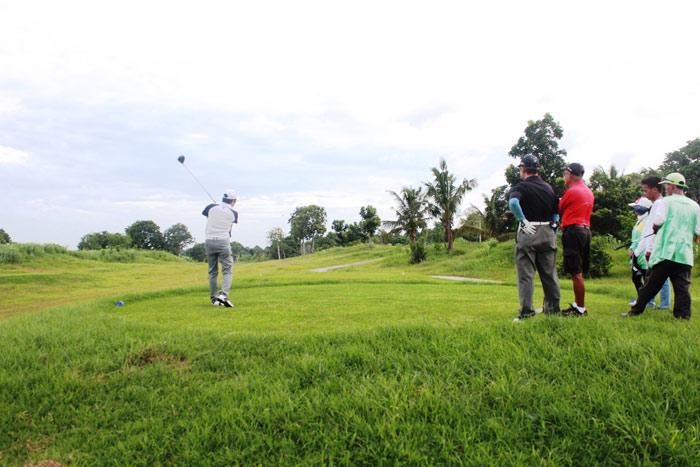 Haciendas de Naga Sports Club, Inc. Tee off 2