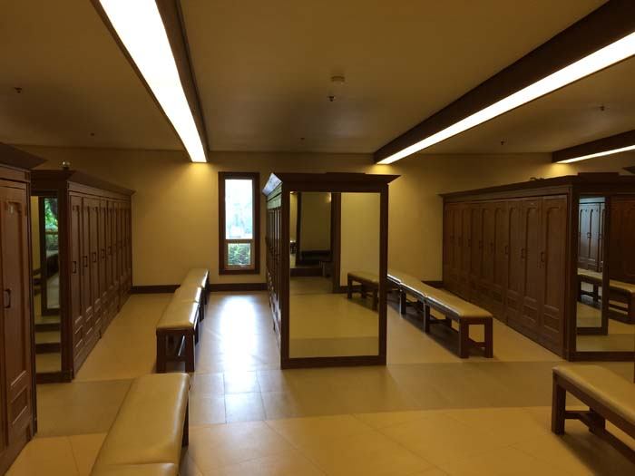 Valley Golf and Country Club Locker Room