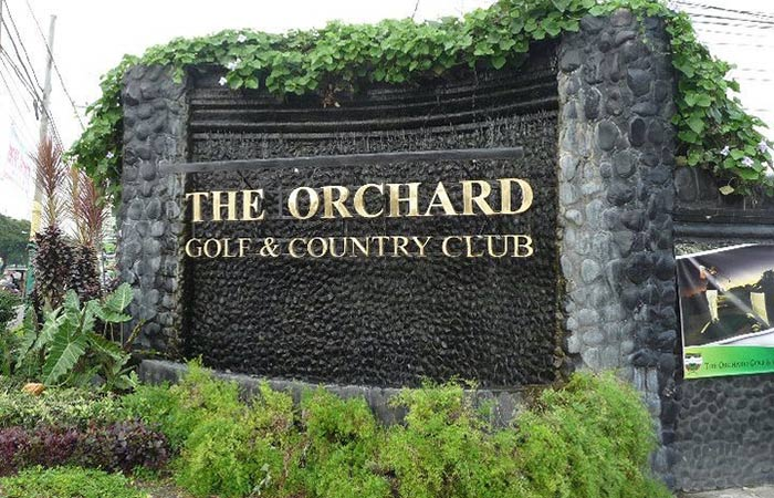 Orchard Club gates