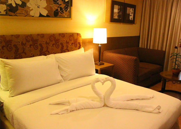 One Tagaytay Place Deluxe Double Room