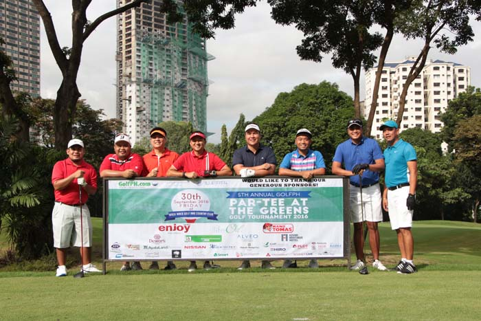GolfPH Fairway and Golfers